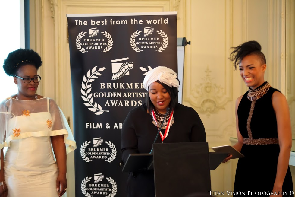 amy wissad aux golden artistic awards