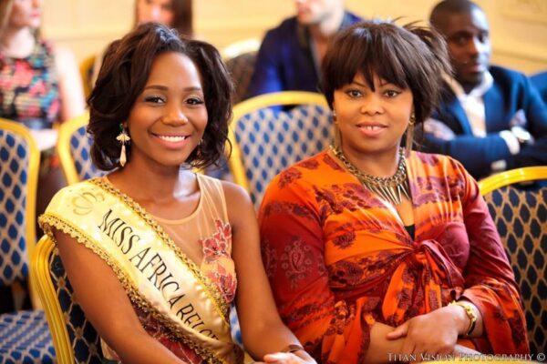 Jessy Mboumba & Jeanne Cremer la promotrice