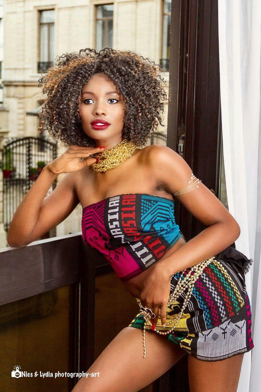 haila bari mannequin afro-belge
